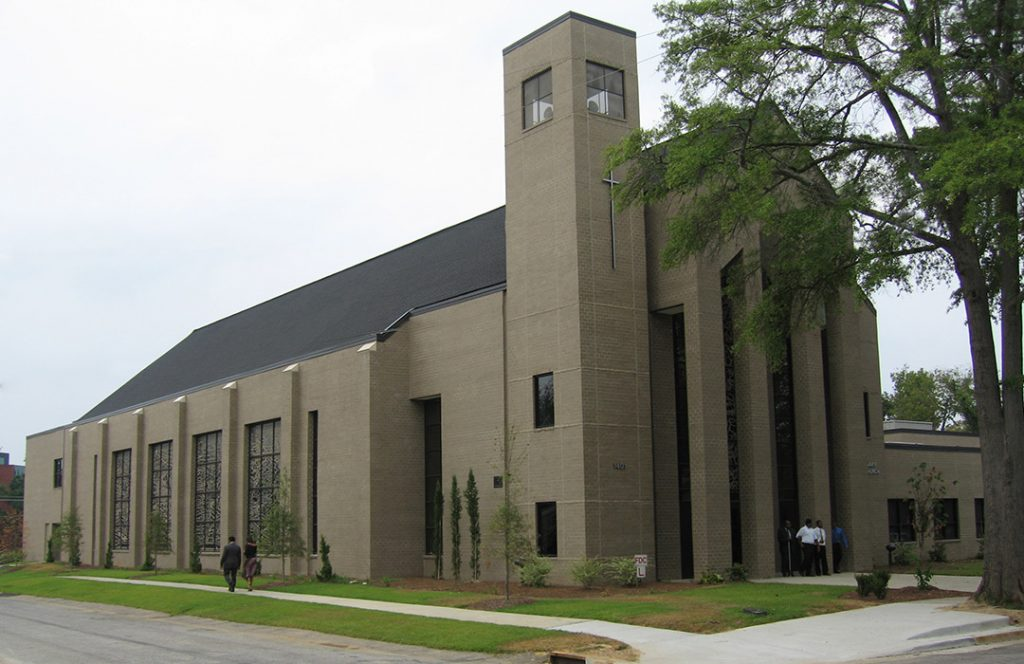 first-calvary-baptist-hutchinson-architecture-design-charlotte-nc